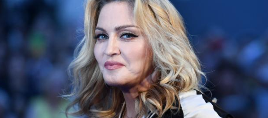 Madonna ruší vystoupení v Paříži kvůli koronaviru!